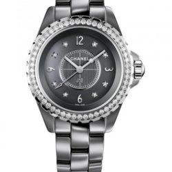 Ремонт часов Chanel H2565 J12 Black J12 Chromatic Diamond 33 mm H2565 в мастерской на Неглинной
