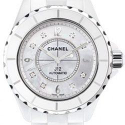 Ремонт часов Chanel h2423 J12 - White J12 Automatic H2423 в мастерской на Неглинной