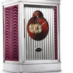 Ремонт часов Parmigiani Fleurier PFC677-5000603 Bugatti 15 Days в мастерской на Неглинной